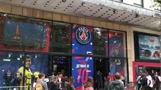 Boutique PSG de Champs Elysées