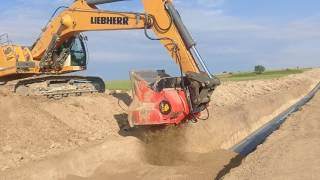 Video still for Pipeline Bedding and Padding with Allu Bucket
