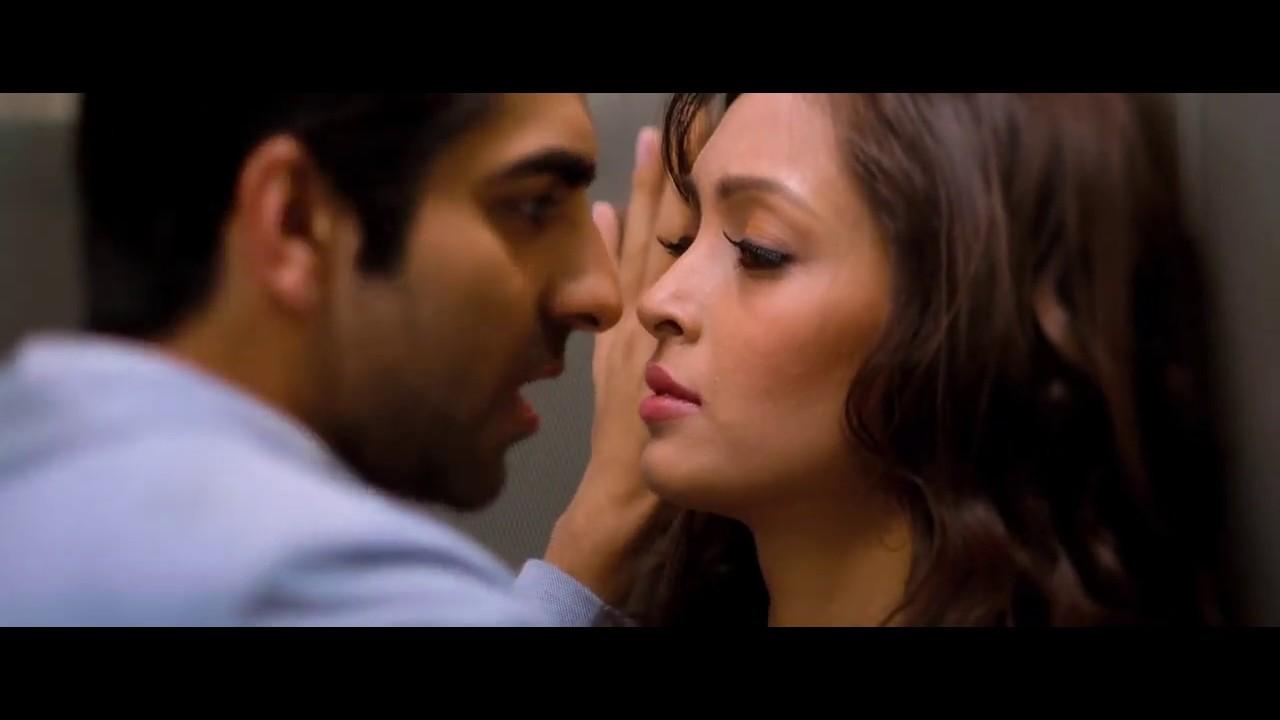Download Sadi Galli full song movie version   Nautanki Saala 2013 Hindi 720p