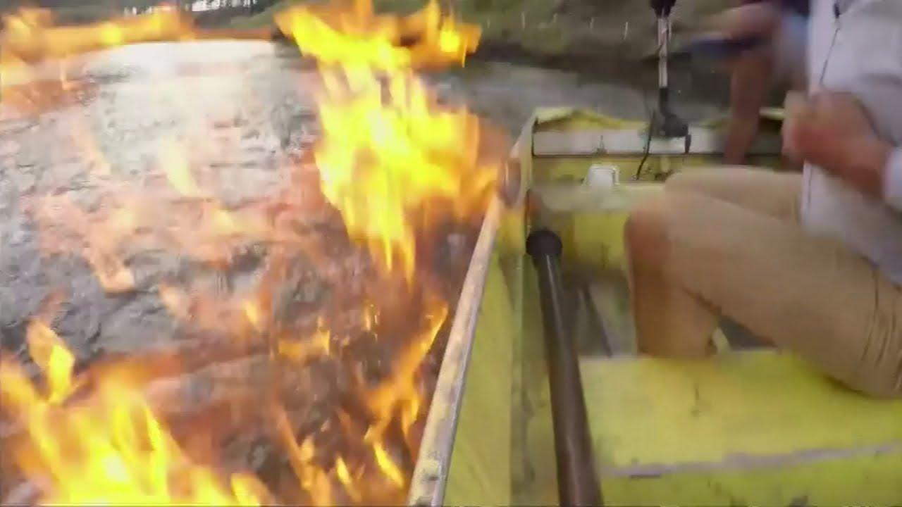 ある川で火を近づけると燃えてしまう…