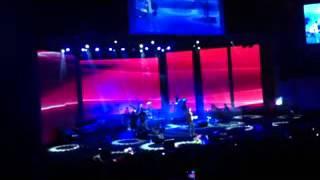 Ehsan Khajeamiri-Naborde Ranj (Tehran Concert 8 Aban 91)