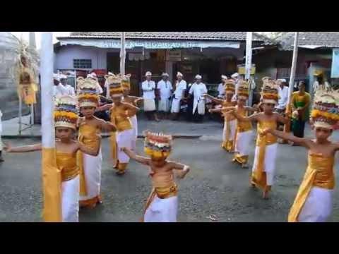 Bali's Got Talent ( Tari Rejang Dewa )
