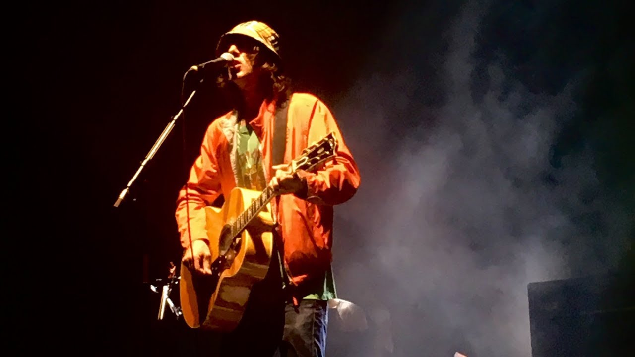 Richard Ashcroft - The Drugs Don't work (Acoustic Live in Cardiff 2019) - YouTube