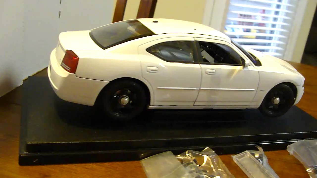 2006 Dodge Charger Daytona R T Police Car Diecast Model