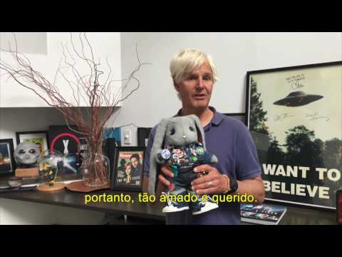 Chris Carter met William the Rabbit  - legendado em português