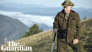 An excerpt from Russia's new TV show on the weekly activities of Vladimir Putin
