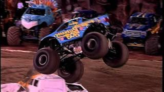 Monster Jam - Backwards Bob Monster Truck Freestyle - Angel Stadium - 1.10.09