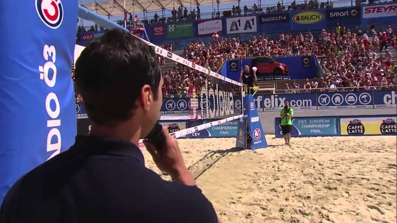 L'arbitro romantico: la richiesta di matrimonio live sul campo di beach volley