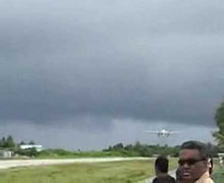 Landing on Funafuti Airport