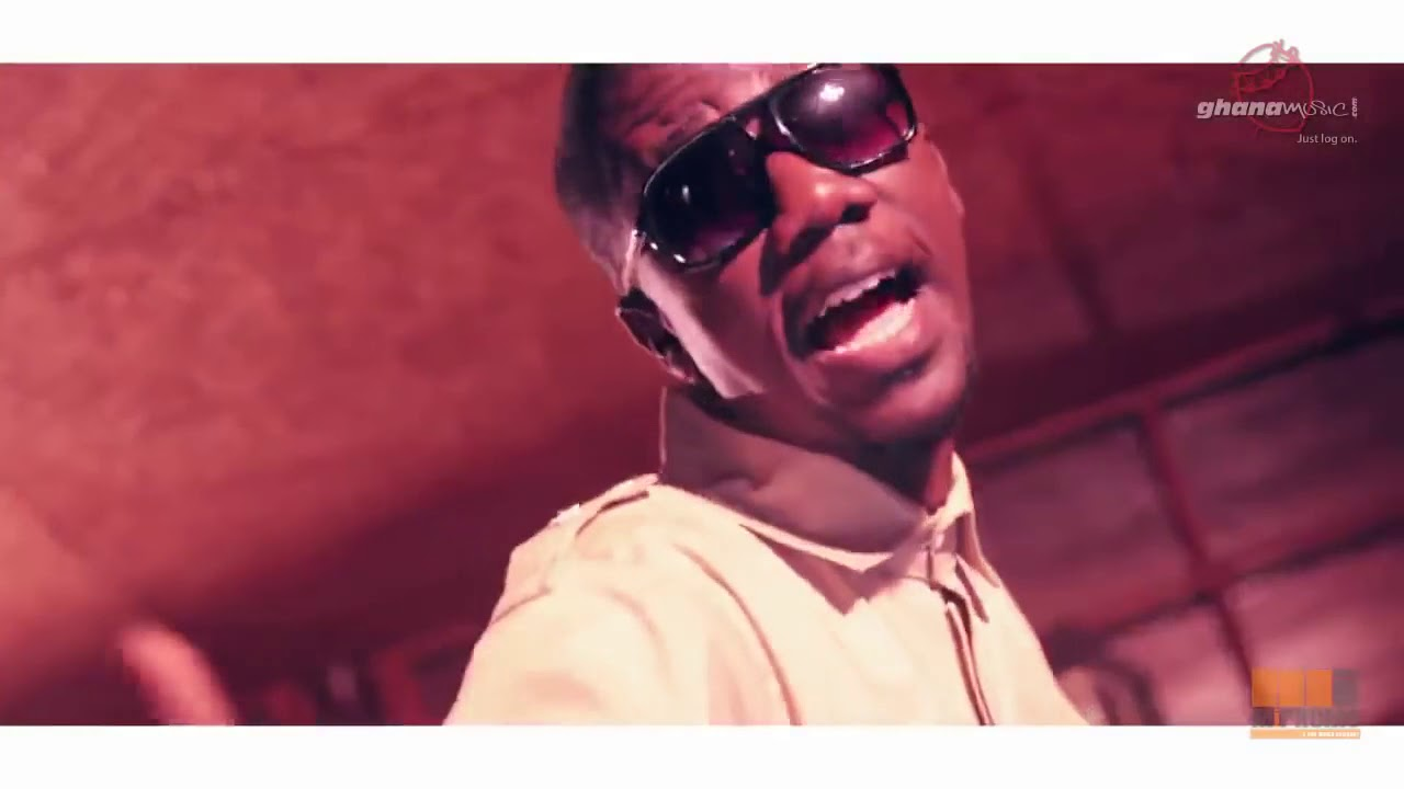 Download Tic Tac - Gallo ft  Gyedu Blay Ambolley (Official Video)