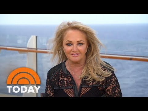 Bonnie Tyler Prepares To Perform 'Total Eclipse' During Total Eclipse | TODAY