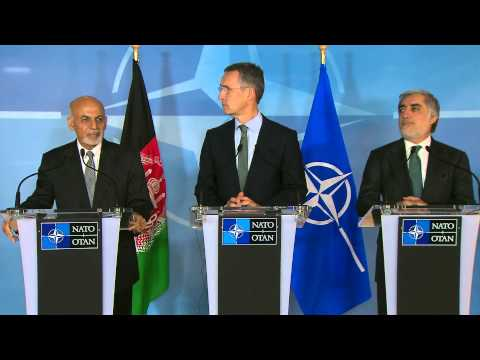 NATO Secretary General with President of Afghanistan and Chief Executive, 01 DEC 2014
