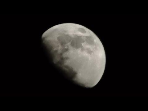 Huawei P30 Pro l X50 Zoom Test Moon Capture