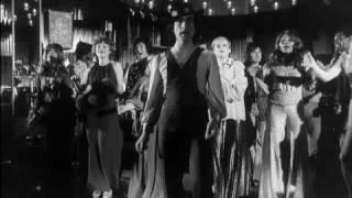 "Szene aus ""Der Kommissar"": Les Humphries Singers mit ""MamaLou"" (1973)"