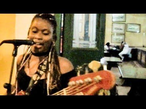 Musica cubana musica famosa. Imagen son Cuba. Canzoni caraibiche cubane caraibica. Darte un beso.