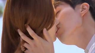 Video Romantic kiss in film  Korea download MP3, 3GP, MP4, WEBM, AVI, FLV April 2018