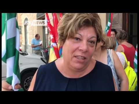 CAVARZERE: CHIUDE TAGLIA & CUCI, 50 LAVORATRICI A CASA