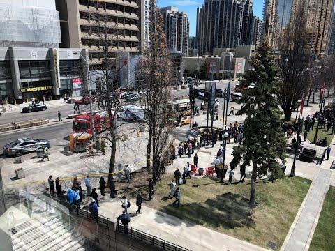 الشرطة الكندية: شاحنة تدهس عددا من المارة في تورونتو  - نشر قبل 38 دقيقة