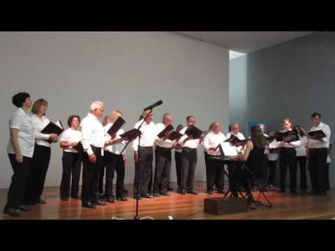 """Canção: """"SINGING IN THE RAIN"""" (pelo """"Coral Vozes do Estoril"""")"""