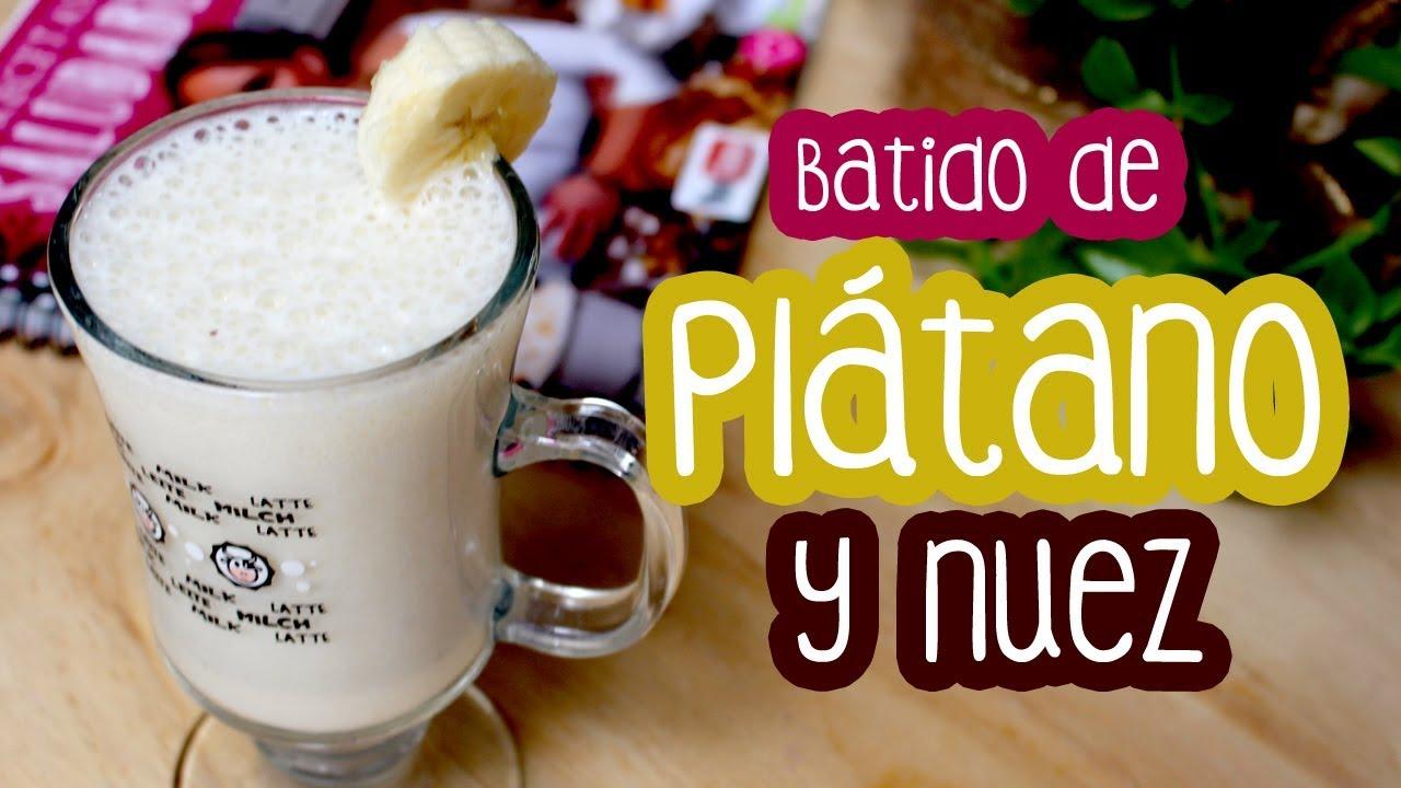 Batido de plátano con nuez - Receta de desayuno saludable..