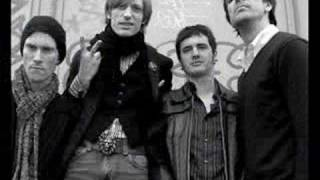 Watch Kula Shaker Moonshine video