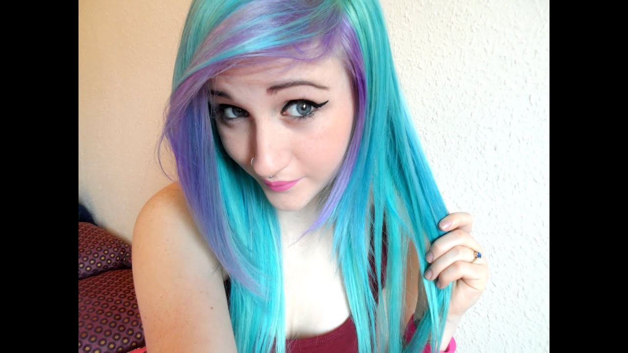 Dying My Hair Blue & Purple - YouTube