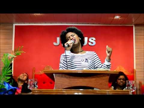 Cantora Priscila Viana - Culto Jovem (19/08)
