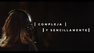 Смотреть клип Melissa Romero - Compleja Y Sencillamente | Sesión De Estudio