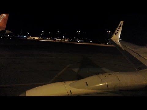 Ryanair Boeing 737-8AS - (Night) Take off from Copenhagen Airport, København