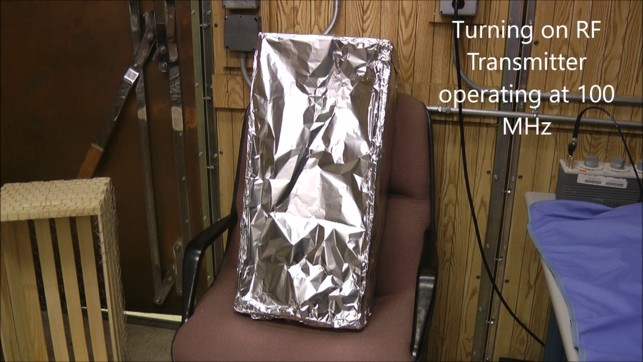Faraday Cage - Chicken Wire vs Aluminum Foil