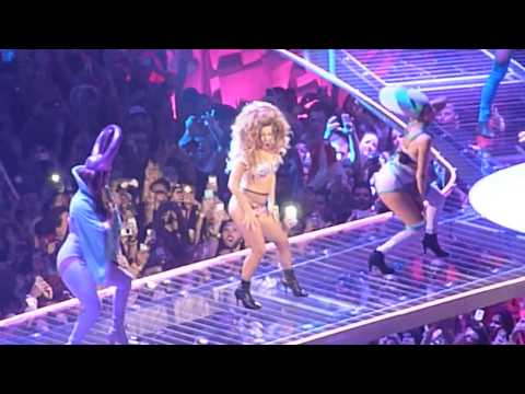 Lady Gaga - 'Venus' Live at the artRAVE: The ARTPOP Ball Tour