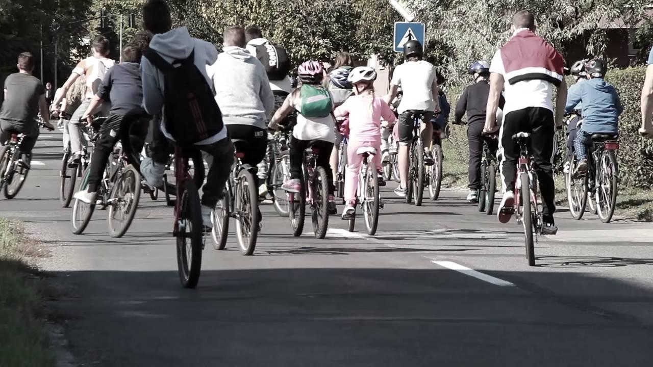 Mesto Lučenec v pohybe - YouTube d32cc8d44aa