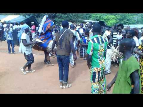 fete d'igname et danse traduction en pays TOURA