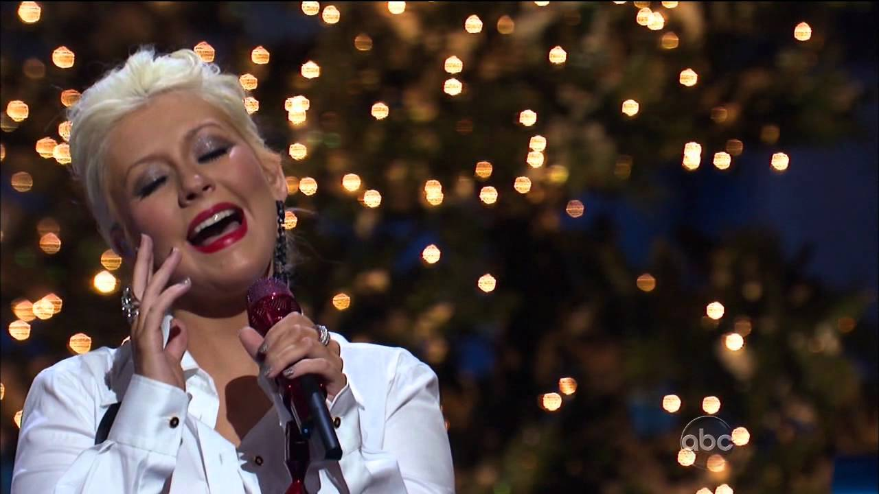 Christina Aguilera - Have Yourself A Merry Little Christmas ...