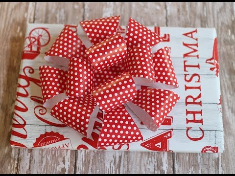 DIY Make a Loop Bow with Wrapping Paper