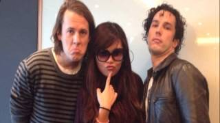 2014 02 17-21 (Radio) Ylvis in Hong Kong for Radio 3 RTHK Teen Time
