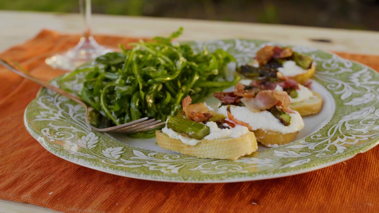 Asparagus, Pancetta and Lemon Ricotta Bruschetta