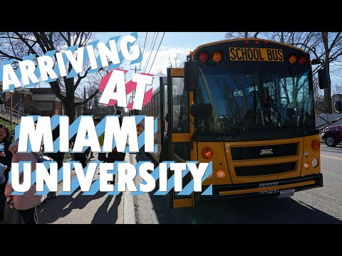 VLOG 4 - ARRIVING AT MIAMI UNIVERSITY + DORM ROOM TOUR
