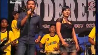 Download Video 4 angge angge orong orong ifana cinderella group krompa'an semi.mpg MP3 3GP MP4