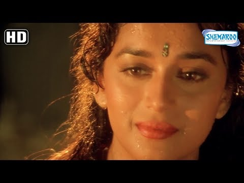 Anil Kapoor & Madhuri Dixit romancing in rain - Beta [HD] - Hindi Romantic Movie Scene