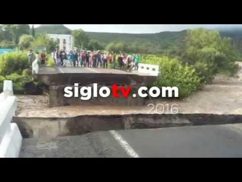 Río Nazas destruye puente vehicular