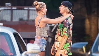 Justin Bieber & Hailey Baldwin hugging & taking pics with fans in Sag Harbor, New York - July 1 2018