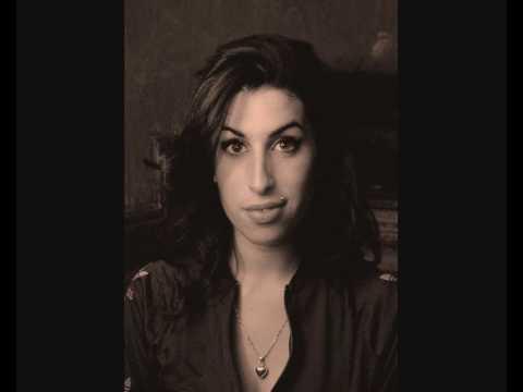 _Amy Winehouse - Me And Mr. Jones. (with lyrics)