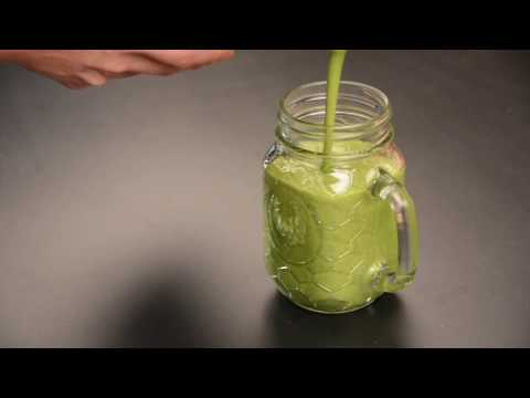 Morning Matcha Smoothie – Easy Recipe Green Power Breakfast!