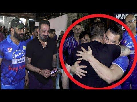 Sanjay Dutt Breaks Down & HUGS Salman Khan's Brother Sohail Khan Tightly In Public