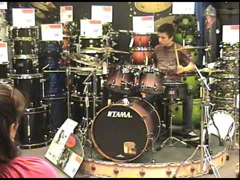 16 year old drummer at guitar center drum off 2010 youtube. Black Bedroom Furniture Sets. Home Design Ideas