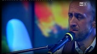 "Joe Barbieri - ""Normalmente"" - dal vivo a Sostiene Bollani"