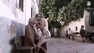 Девушка поцеловала дедушку +18 (2016)
