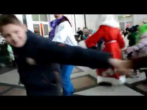 РЖД - СНЕГУРКИНЫ ХОРОВОДЫ на ЖД вокзале БАРНАУЛА.