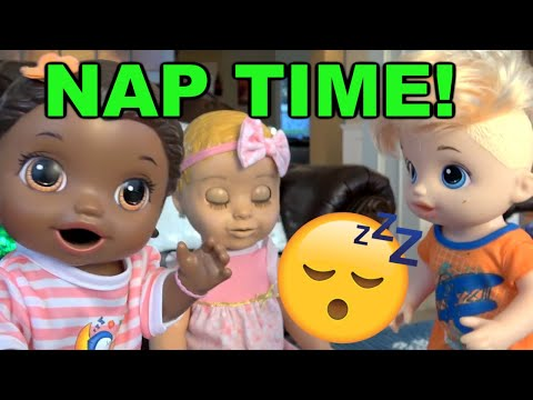 BABY ALIVE has NAP TIME! The Lilly and Mommy Show. The TOYTASTIC Sisters. LUVABELLA TOY REVIEW